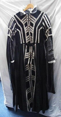 Elizabethan Style Black Velvet Lady's Dress - Re-Enactment -Theatre - Larp