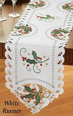 Beautiful EMBROIDERED Holly & Berries CHRISTMAS TABLE RUNNER, NEW!