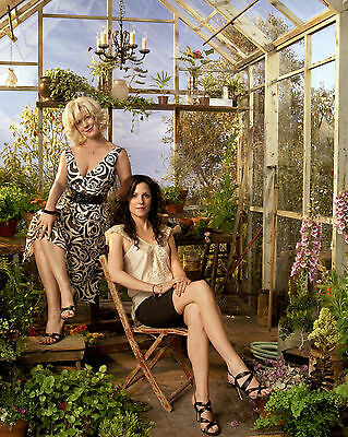 Mary Louise Parker 8X10 with elizabeth perkins Weeds