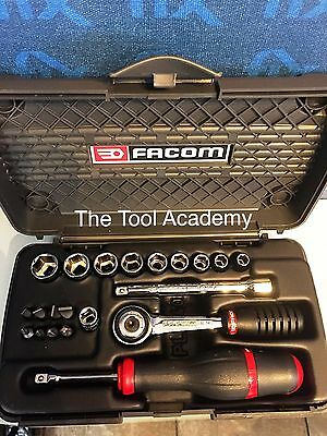 Facom Screwdriver & Ratchet & Wrench Kit with 1/4 Drive R.161 Ratchet + Bit Set