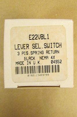EATON CUTLER HAMMER 3 Position Spring Return Long Lever Selector Switch E22 VBL1