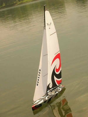 RC Ready to Sail 2CH Monsoon 900 Racing Yacht