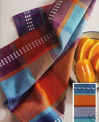 Handwoven magazine may/june 2002: on the go, Halvdrall