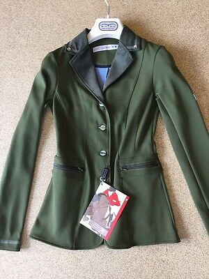 Animo Lei Show Competition Jacket I-38 UK6 Green BN