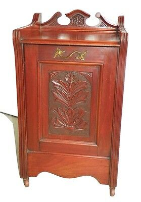 Antique English Edwardian Coal Hod. Circa 1890.