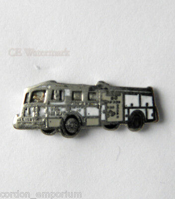 Firefighter 1000 Fire Engine Lapel Pin Badge 1/2 Inch
