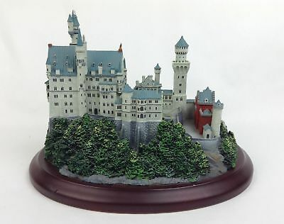 Vintage Lenox Neuschwanstein Great Castles of the World 1994 - FAST SHIPPING!