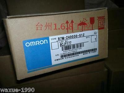 1pcs new Omron servo motor R7M-Z40030-S1Z in box