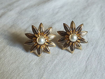Collectible Screw Back Earrings Gold Tone Flower Petal Faux Pearl WOW