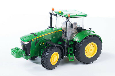 Tomy 42999 Britains Big Farm John Deere 8R Tractor 3 + Brand New In Box