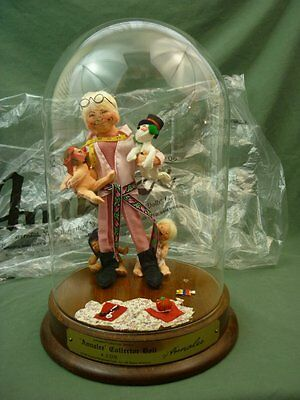 """Annalee Dolls 10"""" ANNALEE Collector Doll Dome Wood Base Signed Numbered 90 AL136"""