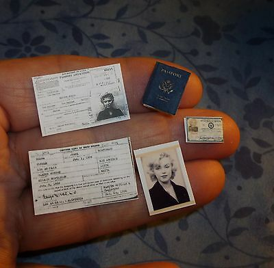 Marilyn Monroe Passport Book Travel Documents Dollhouse Miniature 1:12 Scale