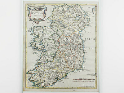 1722 Edition Map of 'The Kingdom of Ireland' by Robert Morden
