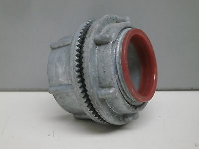 "Myers ST-4 Scru-Tite 1-1/4"" Basic Hub for Steel/Aluminum Conduit Connector 1¼"""
