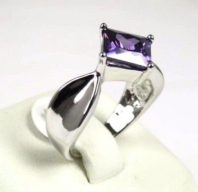 R#2724 simulated Purple Amethyst gemstone solitaire ladies silver ring size 7.75