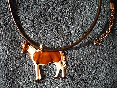 bay tobiano paint horse necklace