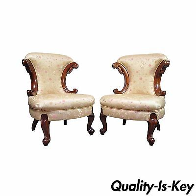Pair of Hollywood Regency French Louis XV Styl Slipper Fireside Lounge Chair vtg