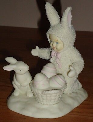 "Dept 56 SNOWBUNNIES ""Help Me Hide The Eggs"" Easter Bunny Figurine w/Box"