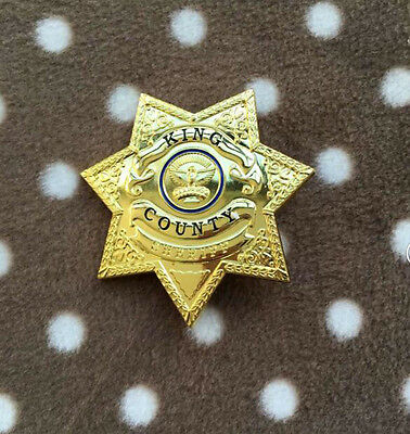 Golden King County Sheriff Grimes Badge The Walking Dead Uniform star BADGE