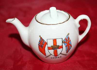 Gemma Crested China - Miniature teapot - Cowes