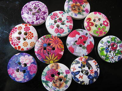 40 Pieces Wooden Button/Buttons SUPER GREAT unusual FLOWERS 1,50 cm