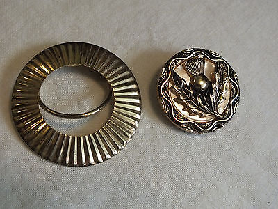 Beautiful Collectible Gold Tone Scarf Clip Set 2 (1) Signed Jeri Lou NICE