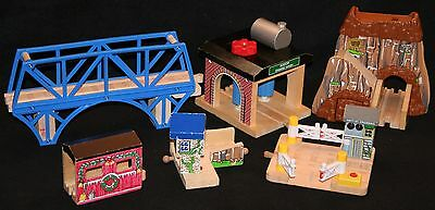 Thomas and Friends Train Stations and Buildings - lot #1