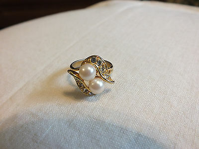 Beautiful Gold Tone Cocktail Ring Faux Pearls Clear Rhinestones Size 5 1/4 WOW