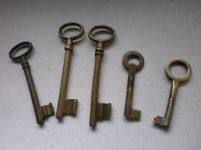 Lot 5 ANTIQUE Old Vintage Large and small Bronze Keys From Europe -1920 handmadе