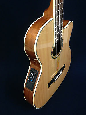Caraya C-551BCEQ/N Thin Body Classical Acoustic-Electric Guitar Natural+Gig Bag