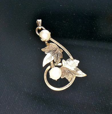 Imperial Pearl Vintage I.P.S. 12K Yellow Gold Pearl and Grape Leafs Pendant