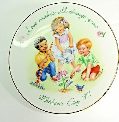 """Avon Mother's Day 1991 - 5"""" Decorative Plate Love Makes All Things Grow Garden"""