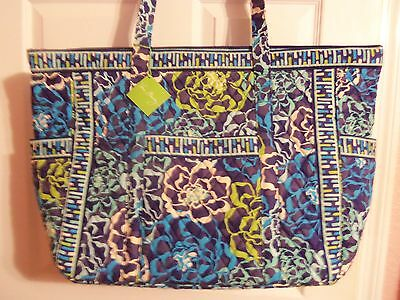 Nwt Extra Large Vera Bradley Get Carried Away Shopping Travel Tote Retails $92.