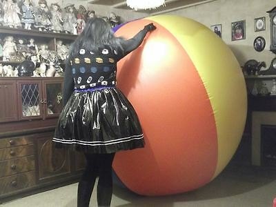GIANT 6` Inflatable  Beach Ball - HUGE! amnd very strong