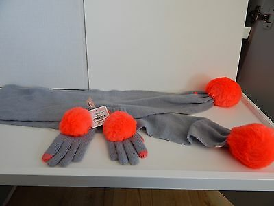 Juicy Couture Orange Pom Pom Texting Gloves One Size Bnwt With Matching Scarf