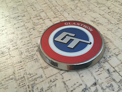 Stainless steel bow medallion and Glastron GT-150/160 bow decal