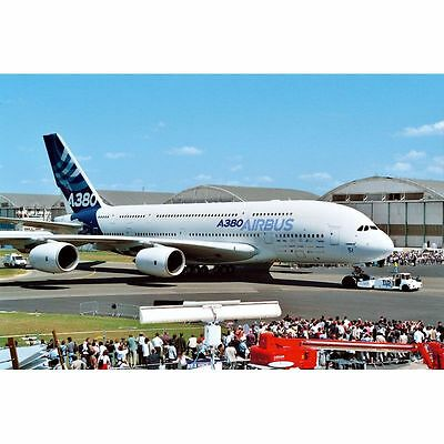 "04218 - Revell Airbus A 380 Design New livery ""First Flight"" 1:144"