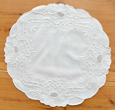 "Vintage 11"" Round Hand Embroidered Linen Doily Centerpiece Shabby Chic Decor"