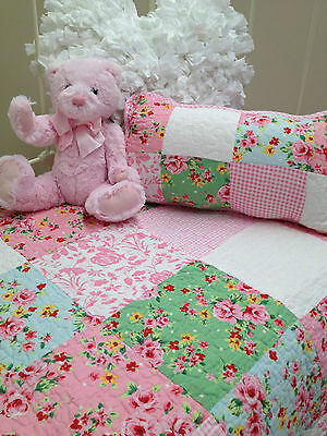 2pce Shabby Chic Girls Baby Alice Cot Quilt Vintage Style Crib Bedding