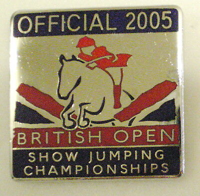 BRITISH OPEN SHOW JUMPING CHAMPIONSHIPS OFFICIAL 2005 Enamel Badge EQUESTRIAN