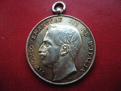 Italian  Silver Medal . Foreign Ministry .  Ve Iii.
