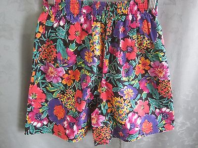 Vintage 80's Compartments High Waist Floral Shorts Size Small Cotton