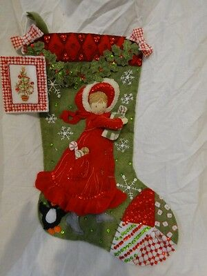 Vtg CRAFTED 3D Felt CHRISTMAS STOCKING Girl W/ PACKAGES Holly GARLAND Sequins