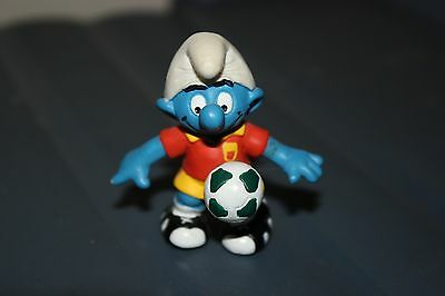 Soccer Smurf Figurine! 2 inches Tall!