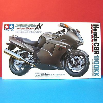 Tamiya 1/12 Honda CBR 1100XX Super BlackBird model kit #14070