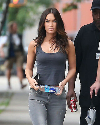 Megan Fox 8X10 candid shot on the street