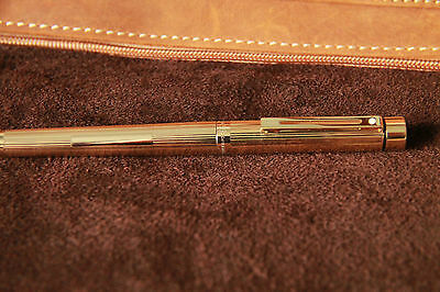 Sheaffer Targa Gold Plated Fluted fountain pen -  excellent condition