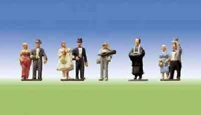 Faller OO/HO Gauge Bride & Bridegroom Wedding Plastic Figures Set 151021