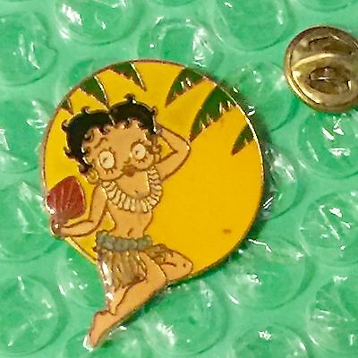 Vintage 80's Hawaiian Betty Boop In Grass Skirt Pin