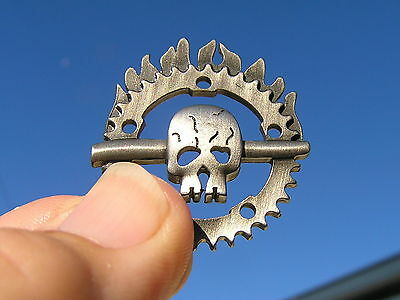 MAD MAX FURY ROAD LAPEL PIN Vest Badge NEW suit HARLEY-DAVIDSON Skull